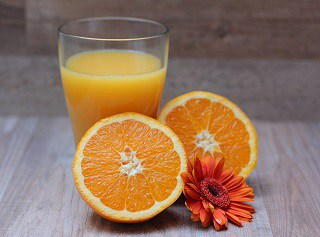 Natural Fruit Juice Vs Packed Juices - Which is healthy?